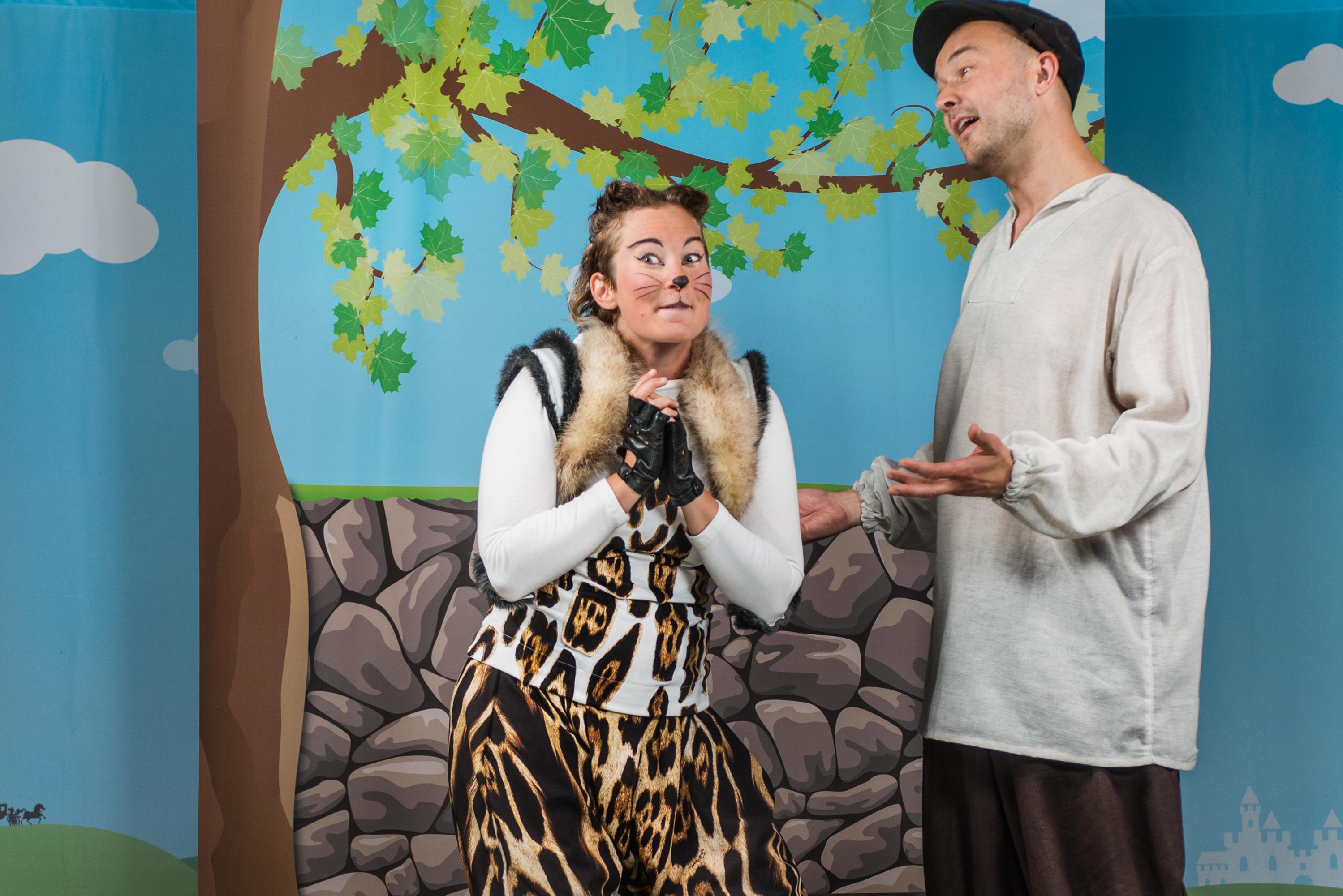 Mästerkatten i stövar, Carla Fri & Anders Grönroos, foto: HenrikZoom
